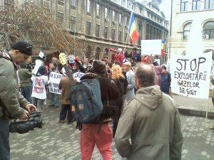 protest romania bucuresti impotriva gazului de sist jos chevron get out