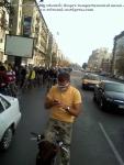 poze foto imagini eveniment mars protest bicicleta 27 oct 2012 Bucuresti Existam si o sa avem banda pista piste ilegale biciclisti, biciclist in trafic cu masca de gaze medicinala poluare noxe cancer ceicunoi.wordpress.com