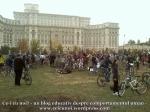 poze foto imagini eveniment mars protest bicicleta 27 oct 2012 Bucuresti Existam si o sa avem banda pista piste ilegale biciclisti, ceicunoi.wordpress.com 45
