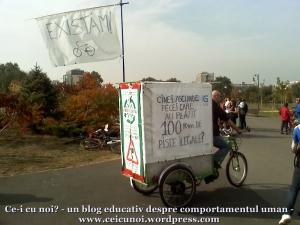 poze foto imagini eveniment mars protest bicicleta 27 oct 2012 Bucuresti Existam si o sa avem banda pista piste ilegale biciclisti, cine ascunde bani 100km piste ilegale oprescu primarie recicleta, ceicunoi.wordpress.com