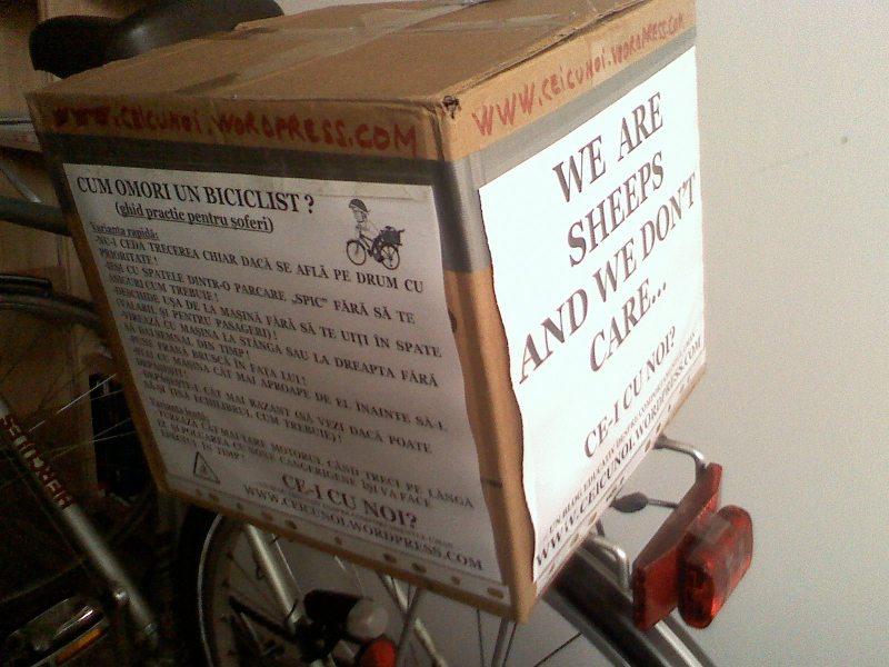 cutie portbagaj bicicleta low budget trunk ce-i cu noi ceicunoi.wordpreass.com un blog educativ despre comportamentul uman, cu bicicleta in trafic iarna, echipament ciclism 8
