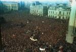 imagini poze proteste oameni in strada ce vor toti oamenii totul pleaca de la ce vrem solutii pentru bunastare fizica psihica protestatari revolutie romania bucuresti trai decent viata romani