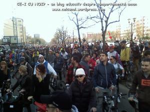 poze imagini galerie foto protest miting marsul biciclistilor pe bicicleta piste biciclete infrastructura biciclisti 23 martie 2013 parc izvor bucuresti primaria generala sorin oprescu, ceicunoi.wordpress.com