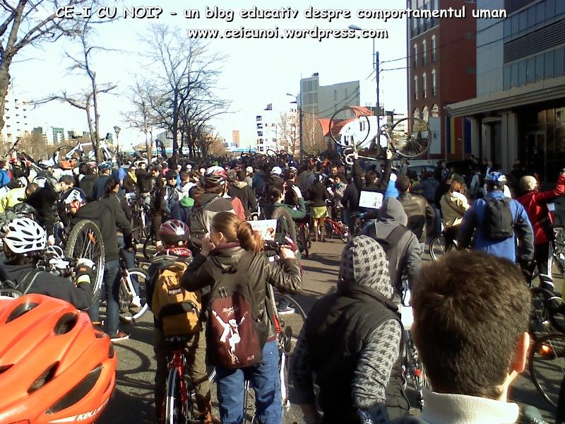 poze imagini galerie foto protest miting marsul biciclistilor pe bicicleta piste biciclete infrastructura reala biciclisti 23 martie 2013 parc izvor bucuresti primaria generala sorin oprescu 50
