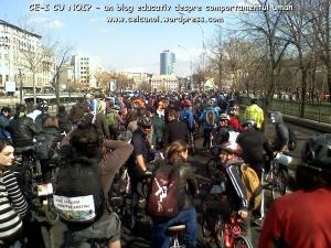 poze imagini galerie foto protest miting marsul biciclistilor pe bicicleta piste biciclete infrastructura reala biciclisti 23 martie 2013 parc izvor bucuresti primaria generala sorin oprescu 24