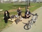 curs gratuit cum sa inveti sa mergi pe bicicleta mersul pe doua roti metoda tehnica pedalare usoara rapida fara sa cazi te lovesti pedale biciclisti incepatori, ceicunoi.wordpress.com 45