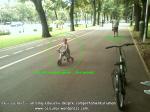 curs gratuit cum inveti sa mergi pe bicicleta 13 iulie 2013 parc kiseleff bucuresti sfaturi lectii biciclete biciclisti incepatori mers pe doua roti echilibru exercitii invatare mers pe bicicleta 10