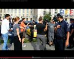 video poze imagini galerie foto abuzurile jandarmeriei impotriva cetatenilor nevinovati bucuresti romania proteste de strada pasnice protestatari bagati in dupa drepturile omului lege politie 4