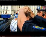 video poze imagini galerie foto abuzurile jandarmeriei impotriva cetatenilor nevinovati bucuresti romania proteste de strada pasnice protestatari bagati in dupa drepturile omului lege politie 9