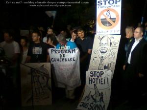4 protest miting manifestatie bucuresti universitate zona fantana 9 septembrie 2013 rosia montana gaze de sist coruptie politicieni uniti salvam rosia montana probleme mediu