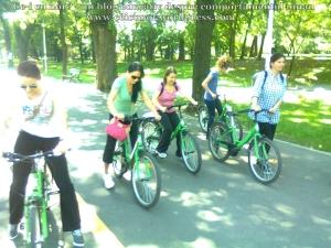 41 curs gratuit cum inveti sa mergi bicicleta lectii sfaturi biciclisti incepatori metoda usoara intalnire mersul pe doua roti echilibru 7 septembrie 2013 Kiseleff Bucuresti, scoala biciclete ceicunoi.wordpress.com