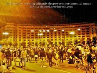 42 poze imagini foto protest miting manifestatie protestatari 5 septembrie 2013 proiect rosia montana bucuresti palatul parlamentului casa poporului scandari impotriva politicieni