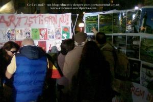 poze imagini foto protest rosia montana 10 noiembrie 11 2013 bucuresti piata universitatii universitate statui ateliere creatie mesaje impotriva contra gazelor de sist 6