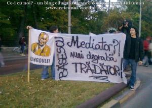 33 galerie foto poze imagini video proteste 6 octombrie 2013 rosia montana mars bucuresti cartier militari cotroceni universitate piata basescu mediator mai degraba tradator