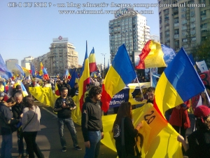 poze imagini foto video marsul unirii 20 octombrie 10 2013 bucuresti parlament basarabia e unirea romania republica moldova protest exploatare proiect rosia montana gaze de sist 7