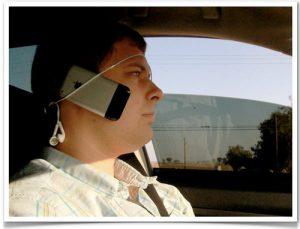 Castile de telefon hands free wireless ne protejeaza de cancer creier nu tineti telefonul la ureche sfaturi convorbiri socializare la telefonul mobil sanatate anti contra impotriva cancerului 1