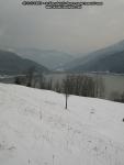 poze imagini foto peisaj iarna bicaz judet neamt moldova romania europa zapada baraj lac izvorul muntelui apa case pe dealuri brazi padure munte 1
