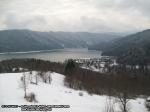 poze imagini foto peisaj iarna bicaz judet neamt moldova romania europa zapada baraj lac izvorul muntelui apa case pe dealuri brazi padure munte  2