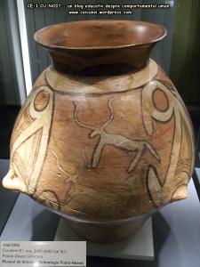 19 poze imagini foto muzeul istorie arheologie arta cultura civilizatia cucuteni piatra neamt istoria milenara a romaniei artefacte vase ceramice figurine obiecte ceramica de cucuteni amfora desen cerb
