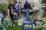 Parteneriatele ASAT Romania Asociatia pentru Sustinerea Agriculturii Taranesti hrana sanatoasa mici producatori romani legume direct la consumatori locali. Sustineti taranii si micii fermieri bio Boicotati supermarket urile 28