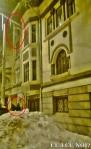poze imagini galerie foto atentie cad turturi zapada cladiri - FOTO Bucuresti iarna 2013 2014 problema bucatilor de gheata care ne pica in cap romanii sunt inconstienti si ignoranti cu privire la propria viata 12