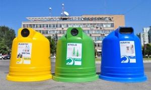 pubele containere colectare separata selectiva reciclare reutilizare materiale reciclabile biodegradabile plastic hartie carton pet metal conserve borcane sticle protectia mediului galben albastru verde