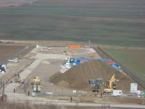 Conferinta dezbatere explorare exploatare gaze sist fracking fracturare hidraulica 19 martie 2014 facultatea Drept Universitatea Bucuresti aula magna pericole riscuri gaze sist cutremure apa