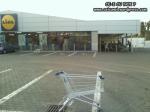 lidl supermarket-urile distrug economia Romaniei efectele supermarketurilor asupra economiei locale magazine hypermarket butic cartier bani scosi din tara distrugerea afaceri familie profit 2
