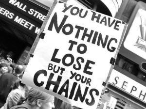 nu ai nimic de pierdut in afaa de lanturile care ne tin sclavi in matrixul sistemului de exploatare