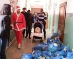 pachete craciun cadouri copii scoala sat comuna ileana