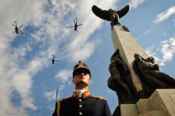 ziua-eroilor-9-iunie-2016-statuia-aviatorilor