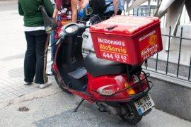 otrava-delivery-mcdonalds-zone-livrare-bucuresti-produse-alimentare-daunatoare-chimicale-ceicunoi-08
